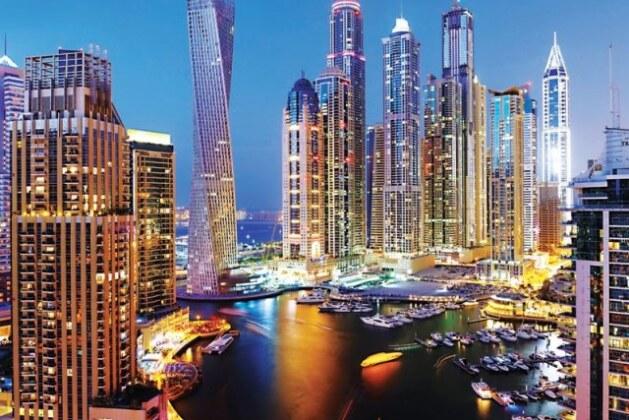 تجربتي للسفر إلي دبي